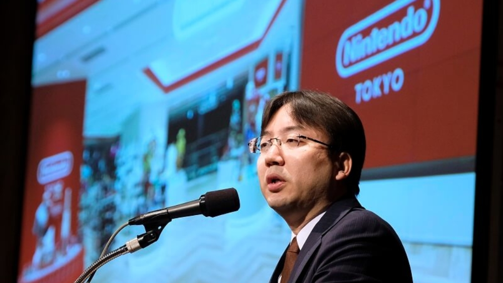 Shuntaro Furukawa, president of Japan's video game company Nintendo, delivers a speech during a briefing of the company's financial results at a hotel in Tokyo on January 31, 2020. - Japanese gaming giant Nintendo reported a leap in sales and profit for the nine months to December, upgrading its full-year profit forecast on strong demand for its popular Switch console. (Photo by Kazuhiro NOGI / AFP)